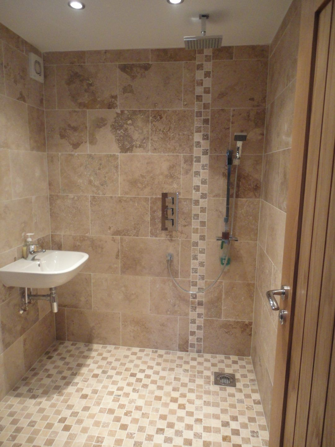 Modern Wet Room – Pytchley Road, Rugby